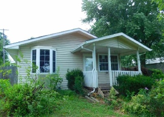 Pre Foreclosure in Carbondale 66414 N NORRIS ST - Property ID: 1192259548