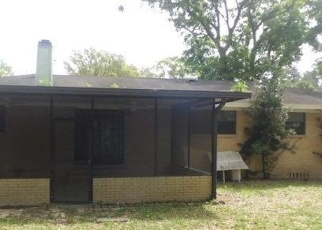 Pre Foreclosure in Jacksonville 32211 LANDWOOD ST - Property ID: 1192413267
