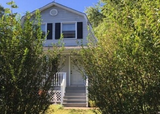 Pre Foreclosure in Whitehouse Station 08889 KLINE BLVD - Property ID: 1192913892