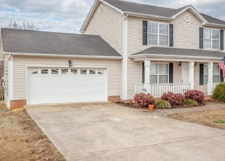 Pre Foreclosure in Ringgold 30736 BLUFF VIEW DR - Property ID: 1193097388
