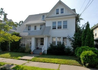 Pre Foreclosure in Bridgeport 06604 CHALMERS AVE - Property ID: 1193340462