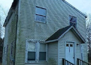 Pre Foreclosure in Bay Shore 11706 SMITH ST - Property ID: 1194315843