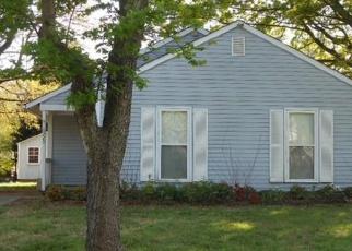 Pre Foreclosure in Charlotte 28227 GLOMAN CT - Property ID: 1195550931