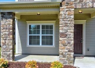 Pre Foreclosure in Charlotte 28262 MALLARD LAKE RD - Property ID: 1195565821