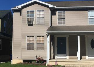 Pre Foreclosure in Reading 19609 WOODSIDE AVE - Property ID: 1196808339