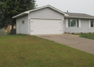 Pre Foreclosure in Cambridge 55008 CARRIAGE HILLS DR S - Property ID: 1198058313