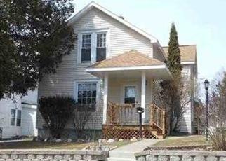 Pre Foreclosure in Iron Mountain 49801 E B ST - Property ID: 1198142862