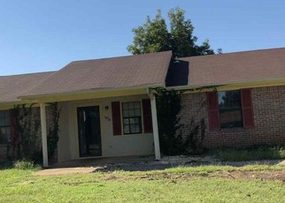 Pre Foreclosure in New Market 35761 COPPERSMITH CIR - Property ID: 1198554996