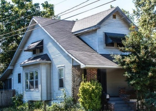 Pre Foreclosure in Louisville 40215 W SOUTHERN HEIGHTS AVE - Property ID: 1198714403