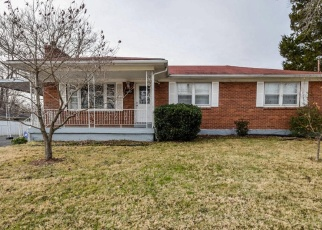 Pre Foreclosure in Louisville 40272 STARLIGHT WAY - Property ID: 1198769594