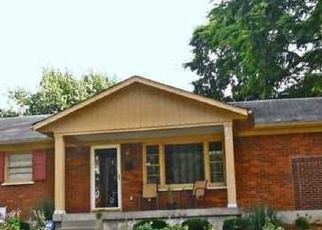 Pre Foreclosure in Louisville 40258 CINDY DR - Property ID: 1198772661