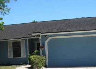 Pre Foreclosure in Jacksonville 32244 HONEYSUCKLE LN - Property ID: 1198883465
