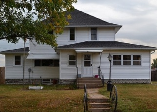 Pre Foreclosure in Oxford Junction 52323 3RD AVE N - Property ID: 1198907102