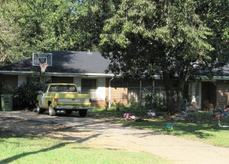 Pre Foreclosure in Montgomery 36111 S COLONIAL DR - Property ID: 1200221924