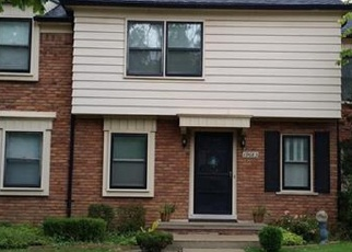Pre Foreclosure in Harper Woods 48225 FLEETWOOD DR - Property ID: 1200331404
