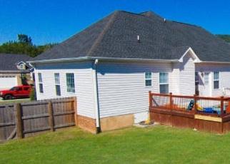 Pre Foreclosure in Ooltewah 37363 SUNRIDGE DR - Property ID: 1201072907