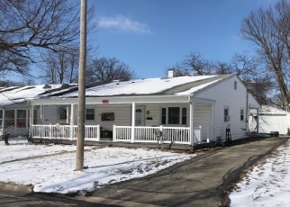 Pre Foreclosure in Taylorville 62568 W MARKET ST - Property ID: 1201589711