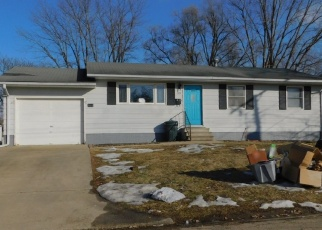 Pre Foreclosure in Canton 61520 N 6TH AVE - Property ID: 1201941390