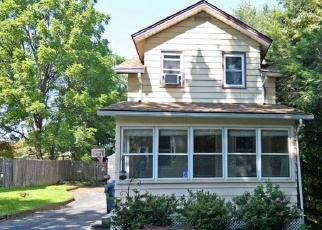 Pre Foreclosure in Trenton 08648 VALLEY FORGE AVE - Property ID: 1202070153