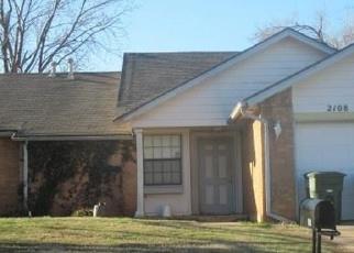 Pre Foreclosure in Edmond 73003 FOXFIRE RD - Property ID: 1202205498