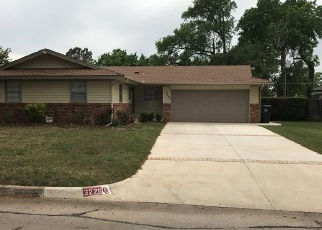 Pre Foreclosure in Oklahoma City 73110 N PEEBLY DR - Property ID: 1202217769