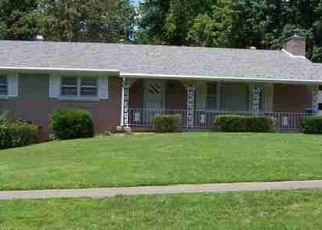 Pre Foreclosure in Radcliff 40160 SEMINOLE RD - Property ID: 1203584231