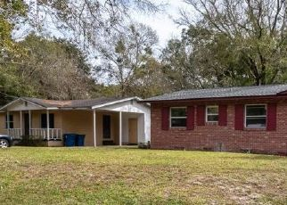 Pre Foreclosure in Jacksonville 32208 ROWE AVE - Property ID: 1203666578