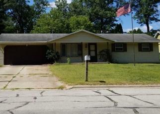 Pre Foreclosure in Green Bay 54304 OAK LEAF DR - Property ID: 1204945906