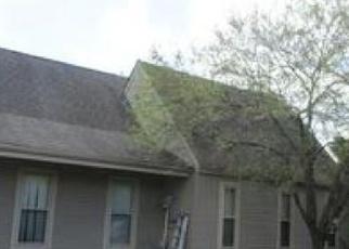Pre Foreclosure in New Boston 48164 HANNAN RD - Property ID: 1204983567