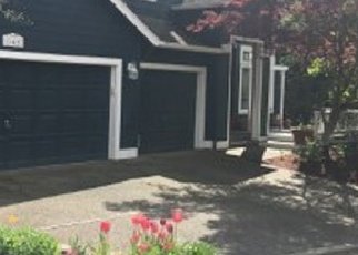 Pre Foreclosure in Kirkland 98033 NE 96TH ST - Property ID: 1205048832