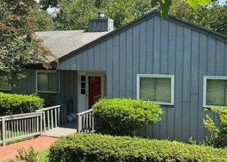 Pre Foreclosure in Charlottesville 22911 EASY LN - Property ID: 1205270885