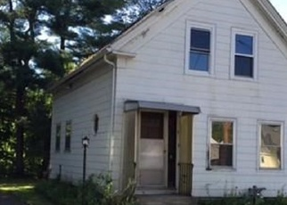 Pre Foreclosure in Ayer 01432 UNION ST - Property ID: 1205294976
