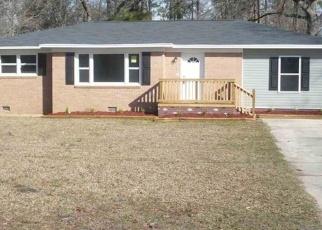 Pre Foreclosure in Effingham 29541 POOR FARM RD - Property ID: 1205587983