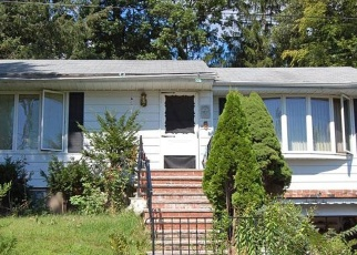 Pre Foreclosure in Rockaway 07866 ELLEN DR - Property ID: 1206777954