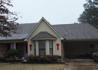 Pre Foreclosure in Olive Branch 38654 DUPREE RD - Property ID: 1207061314