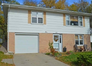 Pre Foreclosure in Saint Peter 56082 W TRAVERSE RD - Property ID: 1207124378