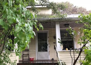 Pre Foreclosure in Lansing 48906 MARYLAND AVE - Property ID: 1207193132