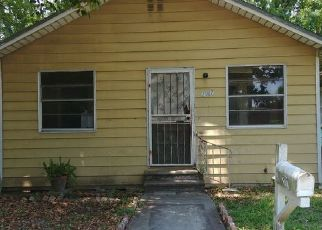 Pre Foreclosure in Jacksonville 32209 W 9TH ST - Property ID: 1207913165