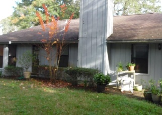 Pre Foreclosure in Jacksonville 32225 BRENTFIELD RD - Property ID: 1207945137