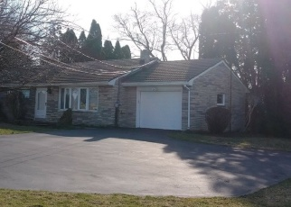Pre Foreclosure in Oley 19547 BERTOLET MILL RD - Property ID: 1208229390