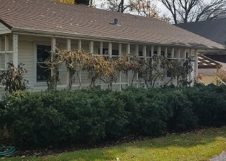 Pre Foreclosure in Downers Grove 60516 MAIN ST - Property ID: 1208696267