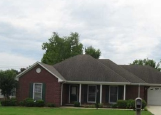 Pre Foreclosure in Muscle Shoals 35661 GOVERNMENT BLVD - Property ID: 1209512656