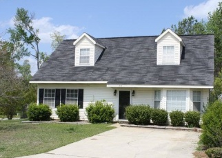 Pre Foreclosure in Auburn 36830 HOLLINS RD - Property ID: 1209552959
