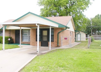 Pre Foreclosure in Blackwell 74631 S E ST - Property ID: 1210068440