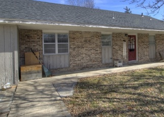 Pre Foreclosure in Pryor 74361 N HOGAN ST - Property ID: 1210081138