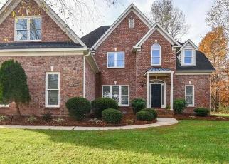 Pre Foreclosure in Oak Ridge 27310 INVERSHIELD CT - Property ID: 1210415315