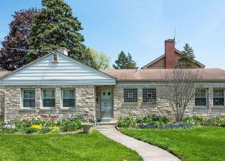 Pre Foreclosure in Morton Grove 60053 MAJOR AVE - Property ID: 1210720140