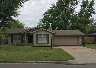 Pre Foreclosure in Tulsa 74145 E 35TH ST - Property ID: 1211362661