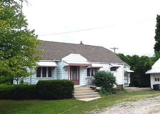 Pre Foreclosure in Whitehouse 43571 SWANTON RD - Property ID: 1211642977