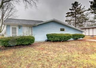 Pre Foreclosure in Loda 60948 COUNTRY CLUB LN - Property ID: 1212134364